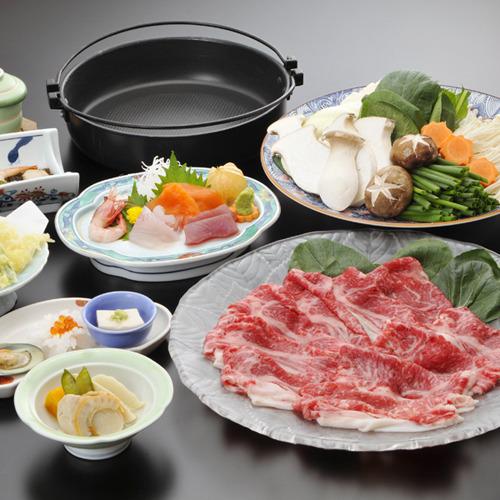 ご夕食(料理一例)/「信州牛すき焼き会席」りんごで育てた良質の肉と脂が美味。