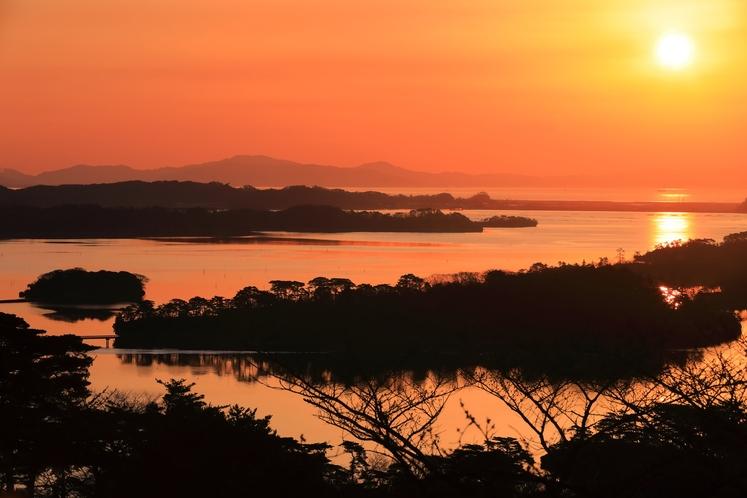 朝焼けの松島湾