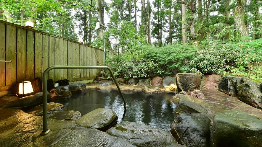 石楠花の湯 露天風呂