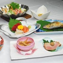 【スタンダード夕食一例】季節ごとの味をお楽しみいただけます