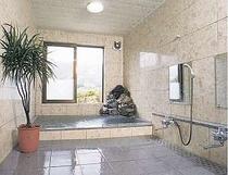 美肌効果のある八方温泉内湯大理石風呂