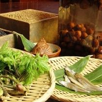 山菜&自家製味噌&米(自家製白米&紫米)&木崎湖のワカサギ