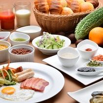 品数豊富な和洋バイキングの朝食をご用意しております。
