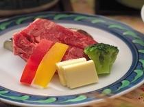 讃岐牛の陶板ステーキ