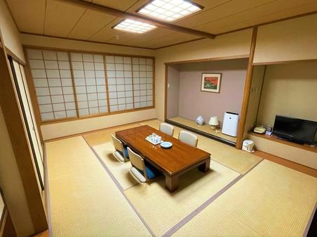 和室 10畳【お風呂、トイレ別】