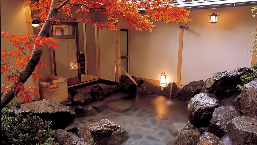 貸切露天風呂-03紅葉