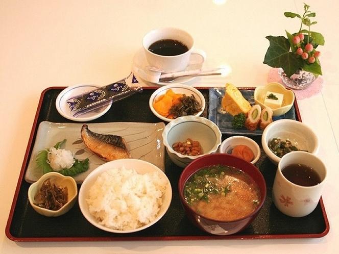 和朝食です☆    800円(税込み)