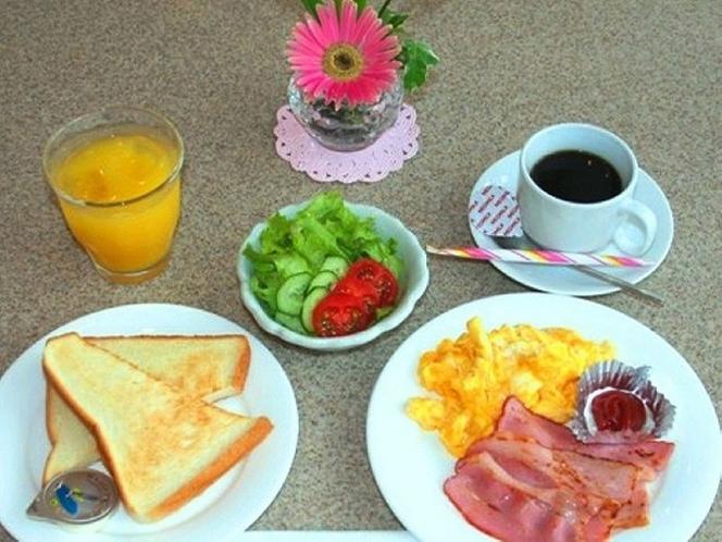 洋朝食です☆  800円(税込み)