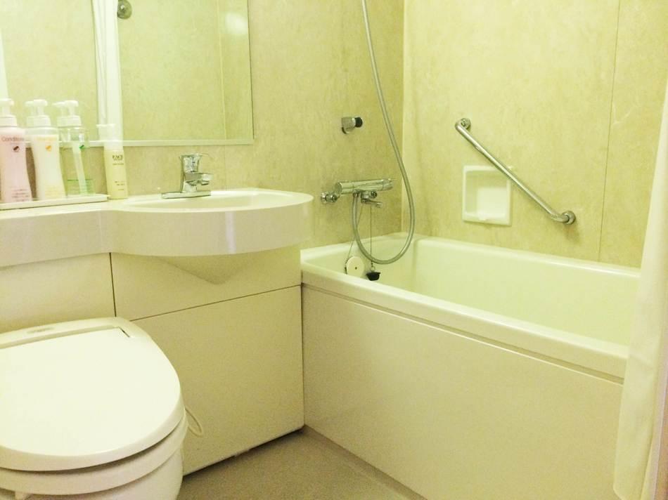 ユニットバス(例:シングルルームA)です☆お風呂はゆっくりと足を伸ばしてお入り頂けます♪