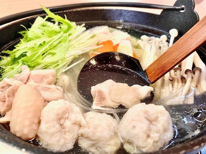 ◆九州産みつせ鶏の水炊きを愉しむ◆