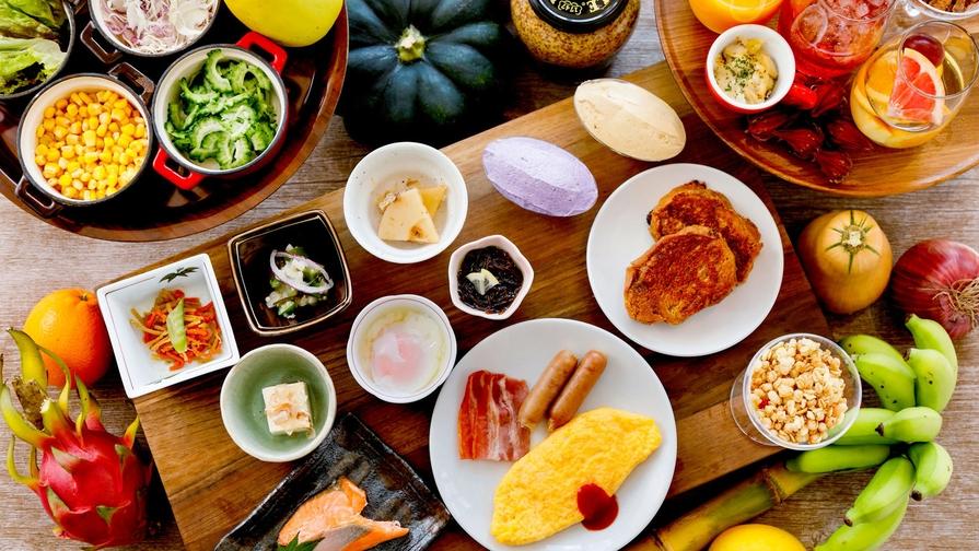 【スタンダード/朝食付き】和洋琉70種類以上が並ぶ島食材ブッフェ◇海辺に佇むファミリーリゾート