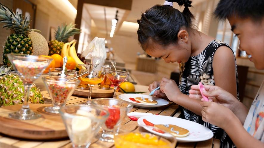 【ホテル内レストラン/ポルトフィーノ】キッズブッフェメニュー充実。離乳食もご用意しております。