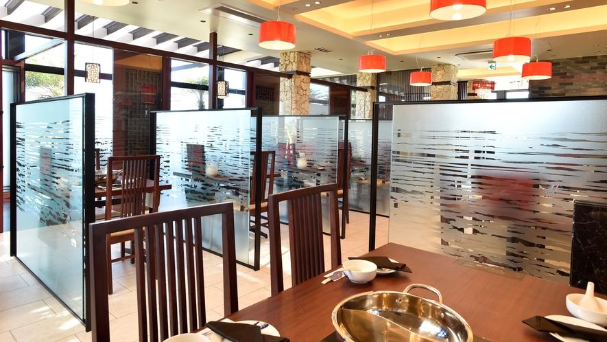 【リゾート内レストラン/薬膳火鍋 小肥羊】中国最大級の火鍋専門店の味を堪能。