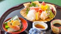 春の料理一例:御造りタイ桜葉〆他季節旬魚盛合せ
