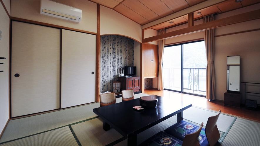 【客室】和室8畳
