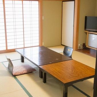 和室10畳客室(禁煙、トイレ・洗面なし)