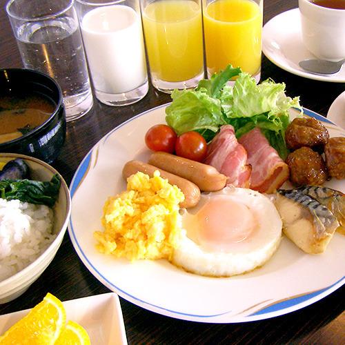 朝食無料サービス実施中♪ 6:30〜9:00(最終入店8:45) ※写真はイメージです