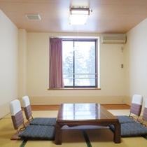 *【客室例】荷物を置いて、お部屋でほっと一息。