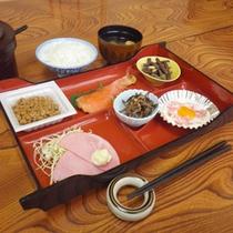 *【朝食例】体に優しい、旅館の朝ごはんをどうぞ。