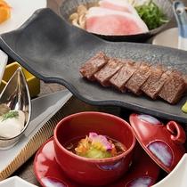 *〔ご夕食一例〕ステーキをお楽しみいただけるステーキ会席。我無らん一番人気のお食事です