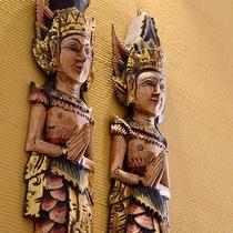 *バリをイメージした内装の館内にはあらゆるところにバリの飾り物が。