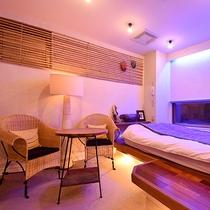 *〔竜胆〕電球の暖かな色合いが穏やかな時間を演出。温泉旅館とは違う雰囲気をお楽しみください