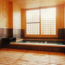 貸切風呂(檜造り)