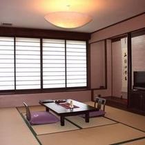 掛け流し温泉付「別邸:離れしぇふず」2階客室一例
