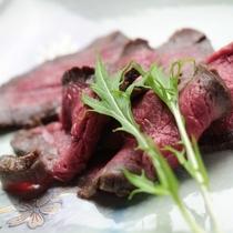 夕食_鹿肉ロースト