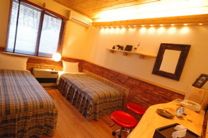 新部屋102号室