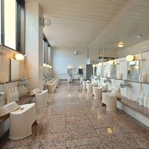 大浴場(女湯洗い場)