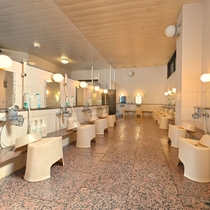 大浴場(男湯洗い場)