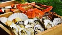 料理長おすすめ季節の会席「特別会席」相生産カキ、ホタテ、前獲れ渡り蟹のセイロ蒸し