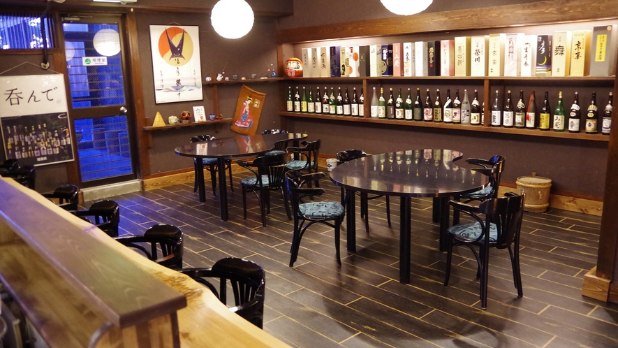 *千代滝 ロビー階にある地酒の館