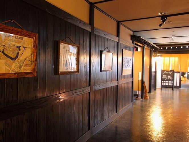 城下町や古民家をイメージした館内。タイムスリップしたような空間でどうぞお寛ぎくださいませ♪