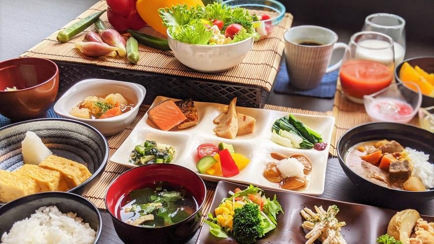 *朝食ビュッフェ~会津の地のものを中心とした手作りビュッフェをご用意しています