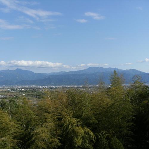 西日本最高峰の石鎚山(正面玄関横からの景色)