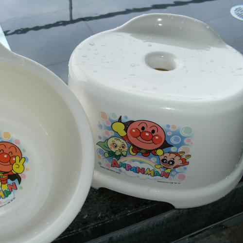 温泉:お子様用イス、桶準備しております。