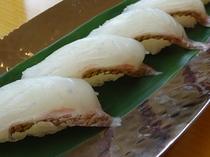 夕食ビュッフェ 「鯛の握り寿司」