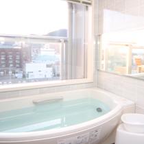 自動給湯システムで追いだきや保温も可能(スタンダードバスルーム)