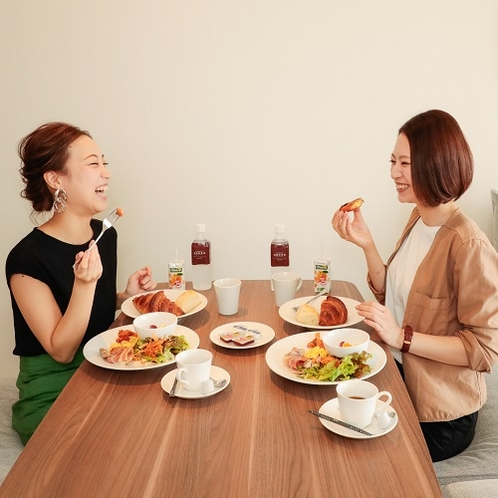 【選べる朝食】お部屋でゆっくり楽しめる洋食バスケット