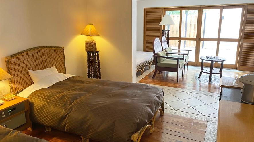 【部屋】スイートルームロゼオ04 寝室