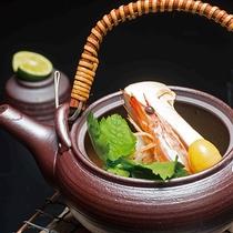 【食事】秋の味覚!香り高い松茸の土瓶蒸し