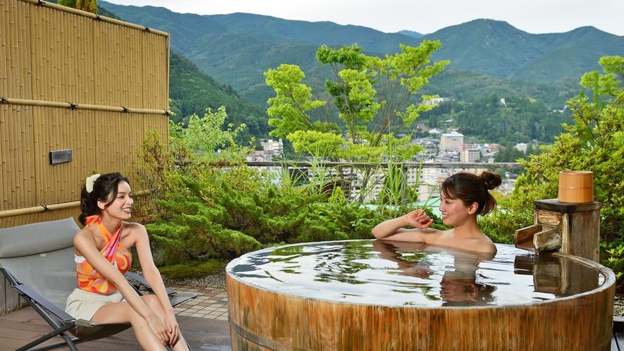 【部屋】メゾネットスイートセレネ(総ひのき)08 露天風呂