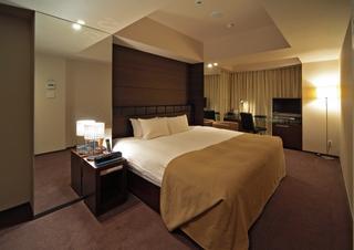 【夜までゆっくり】デザイナーズホテルの最大8時間デイユース《14時〜22時》