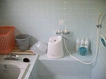 シャワールーム(シャンプー・リンス・ボディソープ無料)