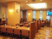 本館レストラン-②◆朝食バイキングメイン会場