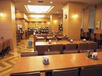 本館レストラン-①◆朝食バイキングメイン会場