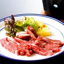 夕食 大塚牛のステーキ