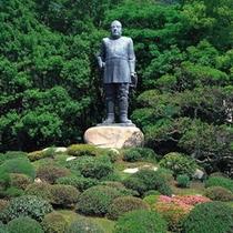 周辺スポット「西郷隆盛の銅像」